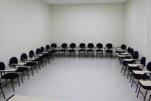 Sala 6 - Anexo 2 - Capacidade para até 36 pessoas.
